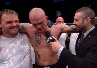 Оздемір і Лобов програли в UFC