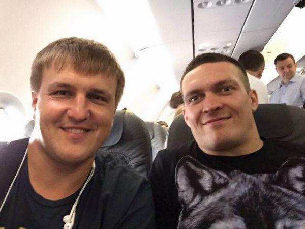 Промоутер: Усик міг би зібрати НСК Олімпійський в Києві