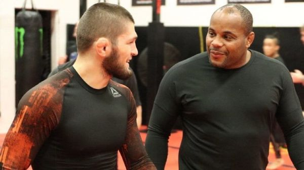 Кормьє про Хабіба: Ніщо не робить мене щасливішим, ніж повернення мого чемпіона
