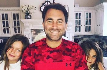 Кадр Дня: Едді Хірн з доньками