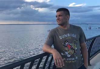 Кадр дня: Дерев'янченко відпочиває біля океану