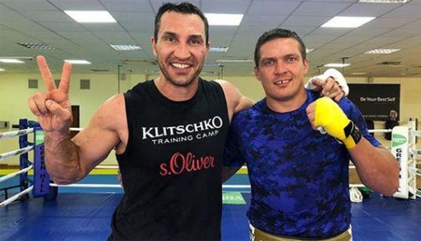 Усик і Кличко - у топ-100 кращих боксерів за всю історію World Boxing News