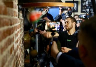 Ломаченко потренувався перед камерами в Лос Анджелесі (ВІДЕО)