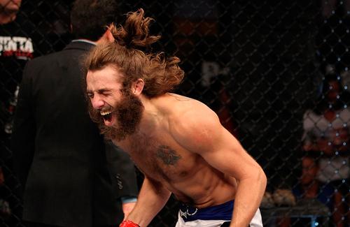 Травмований після нападу Макгрегора боєць виступить на UFC 223