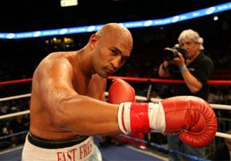 Окендо битиметься із Бріггзом за титул WBA