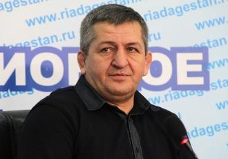 Хабібу залишилось ще 3-4 бої, - батько Нурмагомедова