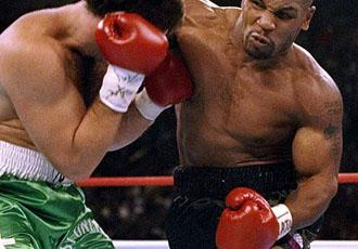 Цей день у боксі. Майк Тайсон оформлює найвидовищніший нокаут у кар'єрі (ВІДЕО)
