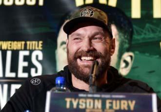 Фьюрі порівнює себе з легендою боксу