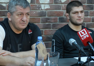 Батько Нурмагомедова: Хабіб не представлятиме Україну