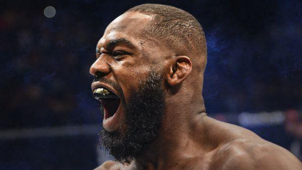 Американський екс-чемпіон UFC в напівважкій вагові...