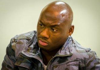 Екс-чемпіону світу заборонили боксувати через підробку документів