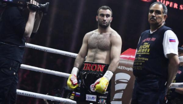 Санчес назвав 3-х бажаних суперників для Гассієва у суперважкій вазі