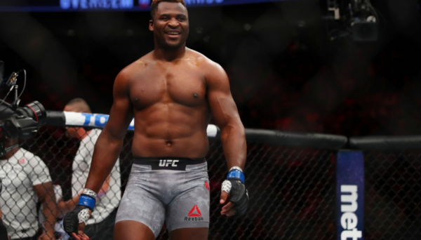Франсіс Нганну поставив ультиматум UFC