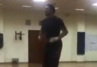 Запальні танці Усика на тренуванні (ВІДЕО)