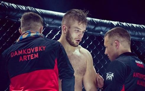 Білоруський боєць ММА пожертувував сиротам весь гонорар за виграний турнір