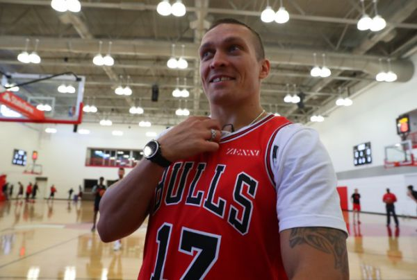 Усик відвідав тренування команди НБА (ФОТО)