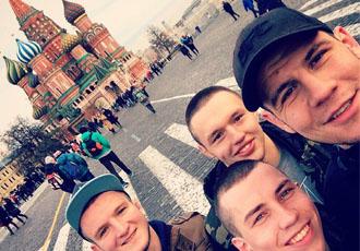 Крилов поїхав на збори до Росії (ФОТО)