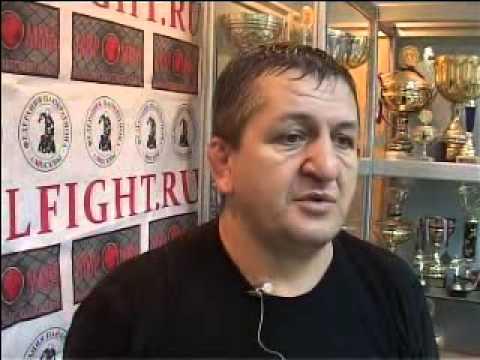 Нурмагомедов-старший зробив прогнози на бої головних суперників сина