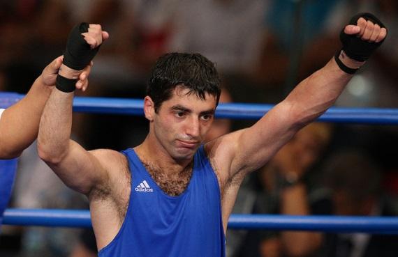 Кравцов: Алоян хоче боксувати в 2020 році на Олімпійських іграх в Токіо