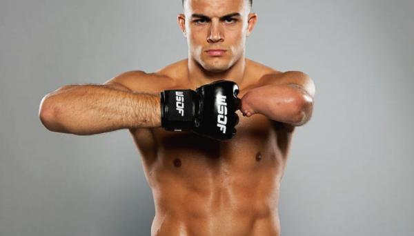 Боєць без руки дебютує в UFC