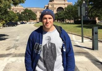 Олійник: Одягнув футболку з Путіним, щоб роздратувати публіку