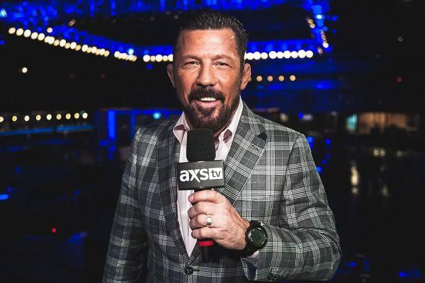 Екс-чемпіон UFC звільнений з посади коментатора через штурм Капітолію