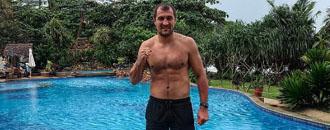 Ковальов продовжує відпочинок (ФОТО)
