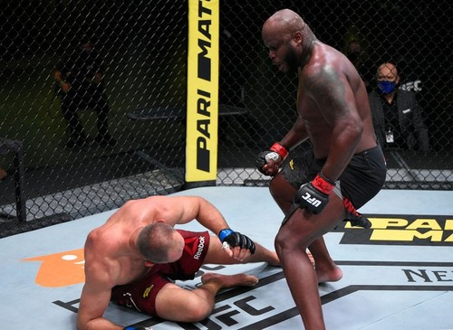 Льюїс встановив рекорд, нокаутувавши Олійника на UFC Fight Night 174