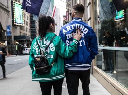Гарбрандт з дівчиною гуляють Нью-Йорком (ФОТО)