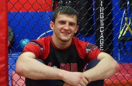Туменов проведе перший бій ACB