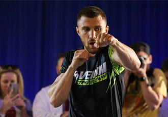Ломаченко провів відкрите тренування напередодні бою проти Кролли (ВІДЕО)