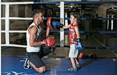 Ломаченко тренується з сином Анатолієм (ВІДЕО)
