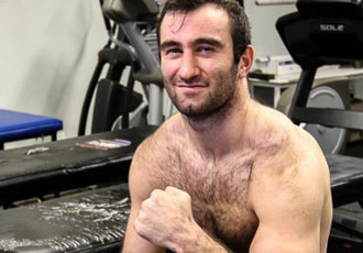 Гассієв готується до першого захисту титулу IBF (ФОТО)