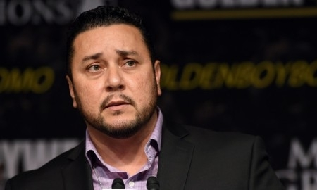 Президент Golden Boy: Зараз шанси на організацію бою Головкін-Альварес мертві