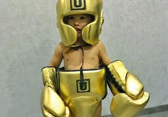 Кадр Дня: Маленький боксер Мирон Бівол