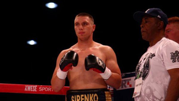 Владислав Сіренко достроково переміг Дениса Бахтова
