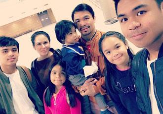 Кадр Дня: Пакьяо показав свою велику родину