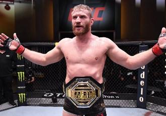 Бразильський боєць UFC Гловер Тейшейра прокоментув...