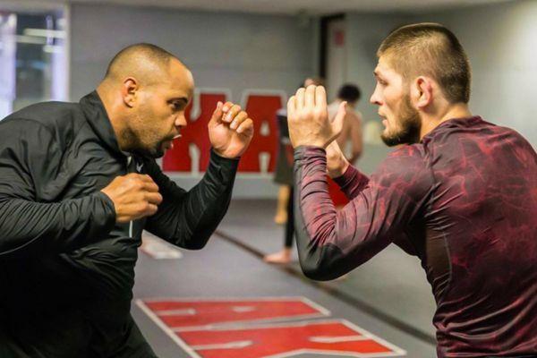 Кормьє: Хабіб - набільш домінуючий боєць в історії UFC