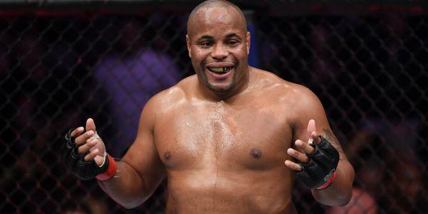 Екс-чемпіон UFC у двох вагових категоріях Даніель ...