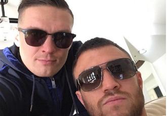 Ломаченко та Усик відпочивають у США