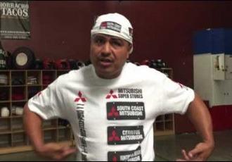 Спаринг Роберта Гарсії з молодим боксером (ВІДЕО)