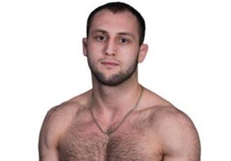 Українець вдало дебютував у профі на турнірі MMA