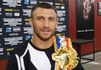 Сенченко: Ломаченко як боксер сильніший за Усика