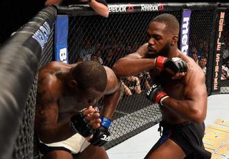 UFC 197. Джон Джонс виграв, але травмувався