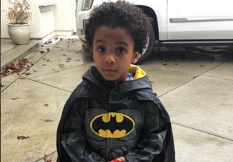 Милість дня. Син Ворда перетворився в супергероя (ФОТО)