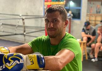 Кадр дня: Ломаченко розпочав проводити спаринги