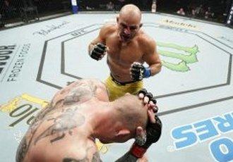 UFC Fight Night 171. Тейшейра нокаутував Сміта