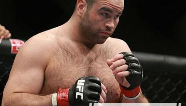 Колишній боєць UFC помер після боксерського поєдинку