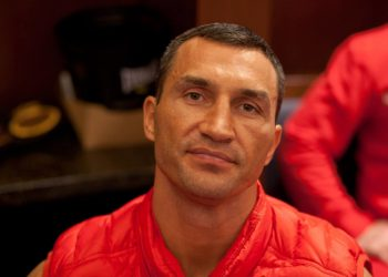 Володимир Кличко допомагає Тайсону повернутися в бокс